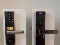 新店开业,处置几把家用指纹锁360元起指纹 密码 钥匙地址装饰大世界枣庄指纹锁1号店