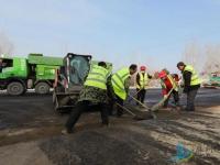 滕州塔寺北路、荆河桥附属栈桥工程进入沥青铺设阶段